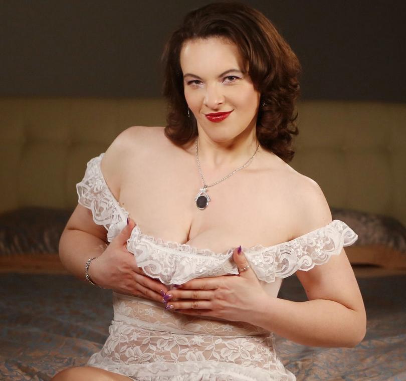 Big boobs of Darling